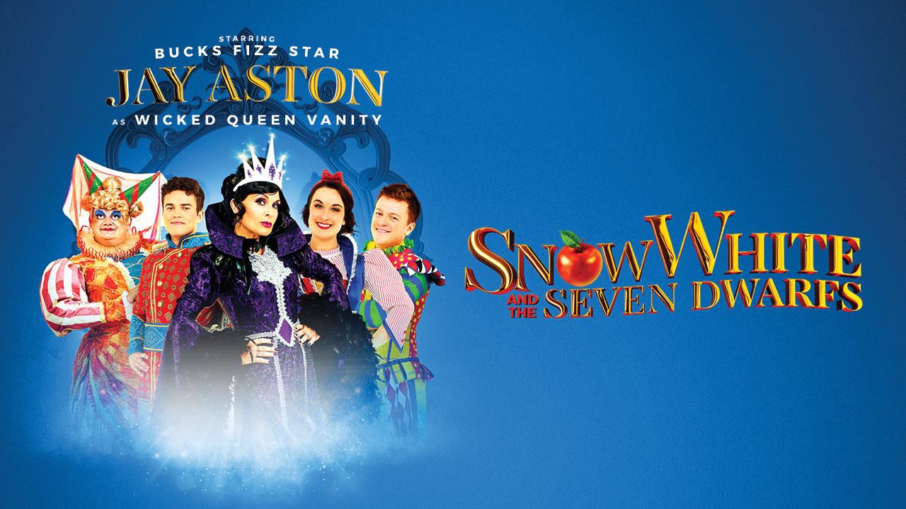 Snow White at the Queen's Theatre, Barnstaple